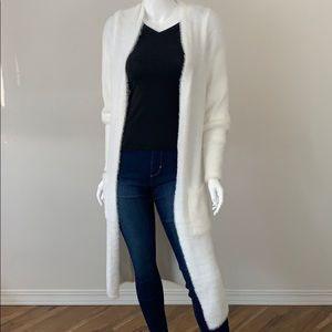 NWOT Willow & Clay Ultra Soft Long Cardigan